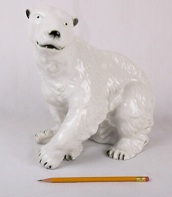 Large ROYAL DUX POLAR BEAR FIGURINE, Excellent Condition, Hand Painted