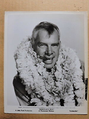 Lee Marvin with a cigar and a lei original portrait photo 1963 Donovan's Reef