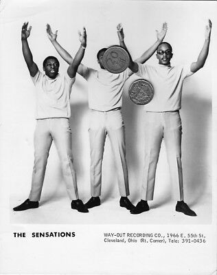 THE SENSATIONS PRESS PUBLICITY PROMO MUSIC 8x10 PHOTO PICTURE SOUL R&B