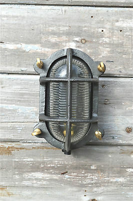 Industrial cast iron oval engine room bulkhead wall light ribbed glass lamp SN