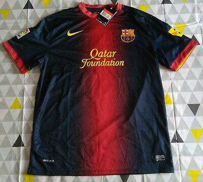 Maillot de Foot NEUF - FC BARCELONE - XAVI - TAILLE L.