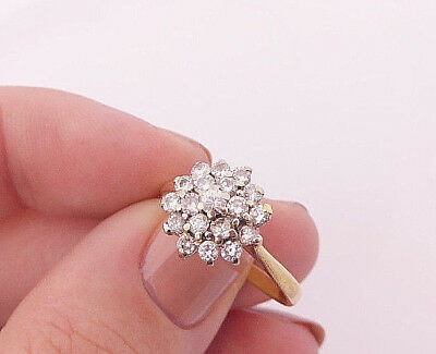 18ct/18k gold 1/2ct Diamond cluster ring, 750