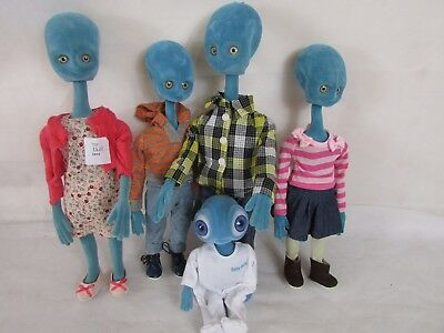 Set of Five Just Landed Alien Family Figures by Chad Valley.##bur202sd