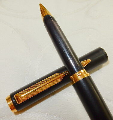 Fabulous Parker 95 Fountain Pen - Matte Black - Broad Stub Firm Nib Near Mint