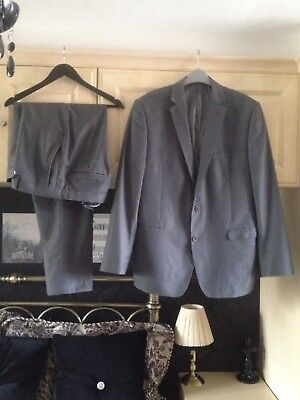 """French Connection Suit Silver Grey Chest 44"""" Waist 36"""" Leg 32"""""""