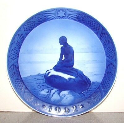 Royal Doulton 1962 Christmas Plate The Little Mermaid