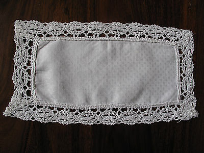 Vintage hand made lace edged Damask oblong mat so beautiful