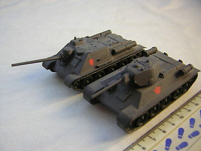 2 X Built Armourfast WW2 Russian Military Tanks T-34/76 & SU-85 Scale 1:72