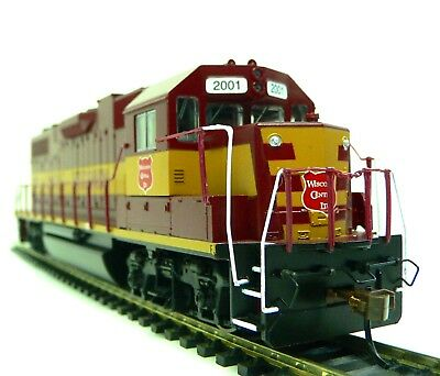 HO Scale Model Railroad Trains Layout  Wisconsin Central GP-38-2 DC Locomotive