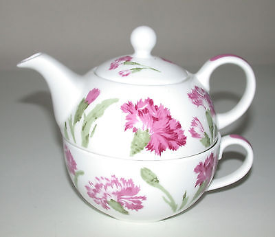 Laura Ashley  Tea Pot & Cup For 1 Pink Carnations