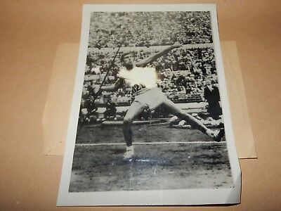 CY Young USA Historic photograph  Olympic Gold throw 1952 Helsinki Finland