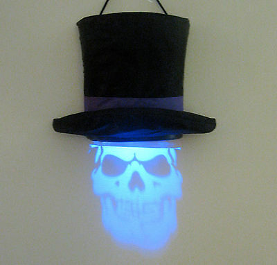 Lighted Projector Skull Talking Top Hat  Hanging Decoration Halloween Party Prop