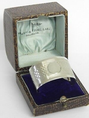 A FINE HEAVY CASED SOLID STERLING SILVER NAPKIN OVAL RING - 1923 - 48.2grams