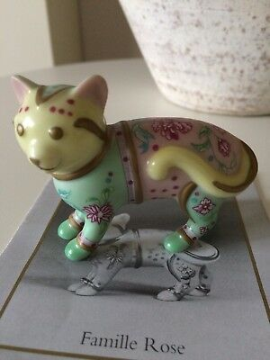 The Curio Cabinet Cat Collection - Famille Rose