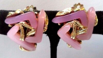 """Stunning Vintage Estate Pink Thermoset Gold Tone Clip 1"""" Earrings!!! 6733Y"""