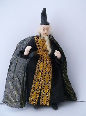 Dolls House Miniature Wizard 1-12TH Scale