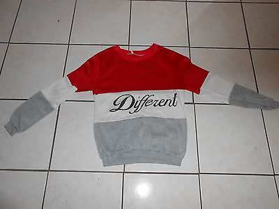 """Vintage 80's 3 Color Sweatshirt w """"DIFFERENT"""" Spell out Across Chest GREAT ONE S"""