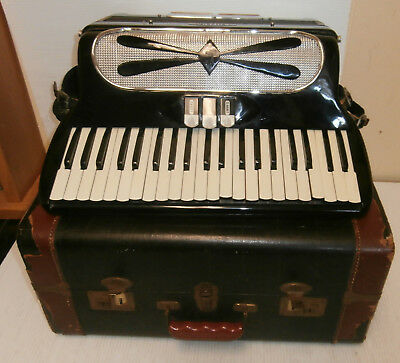 Vintage Catena Accordion 120 Button Made in Italy with Hard Case-FOR PARTS