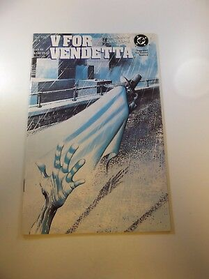 V For Vendetta #7 VF/NM condition Free shipping on orders over $100.00!