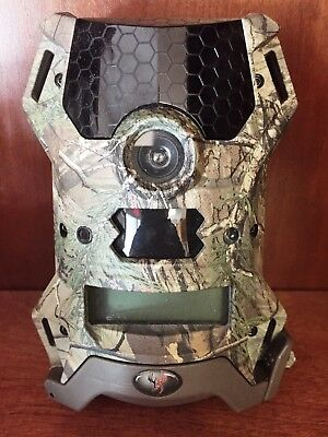 2425 Used Wildgame Innovations Vision 12 Lights Out Game Camera 12MP V12B5A1