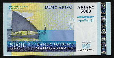 MADAGASCAR (P94a) 5000 Ariary ND(2006) UNC COMM.