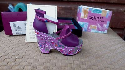 Collectible Miniature Shoe 'Just the Right Shoe' by Raine - Mardi Gras (Boxed)