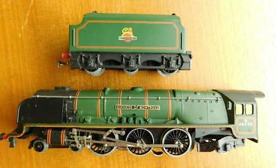 Boxed Hornby Duplo Trains EDL12 Locomotive Duchess of Montrose & D12 tender OO