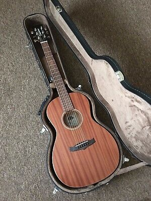 £449 Awesome Satin Finish Parlour Electro Acoustic Guitar in Fitted Hard Case