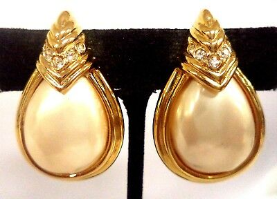 """Stunning Vintage Estate Faux Pearl Gold Tone Clip 1 1/2"""" Earrings!! 6756O"""