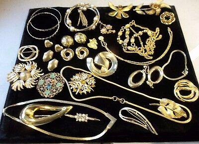 Mixed Lot Of Vintage Silver Plated & Gold Plated Costume Jewellery