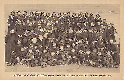 Catholic Mission Personnel FORT RESOLUTION NWT Canada 1920s OE.A.M.I. Postcard