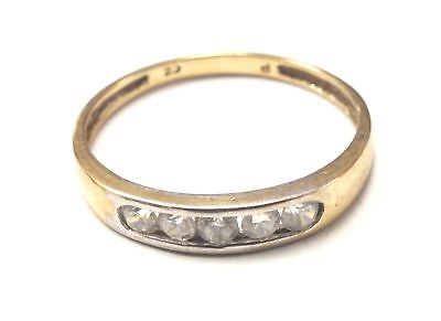 375 9ct YELLOW GOLD Cubic Zirconia Ring Size O, 1.3g - C68