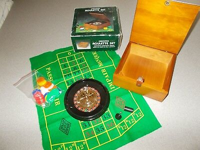 Rare small mini portable desktop Roulette personal gambling game set used