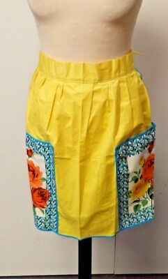 Vintage 1950s London Lassie Apron/Pinny Yellow with Floral Print Pockets