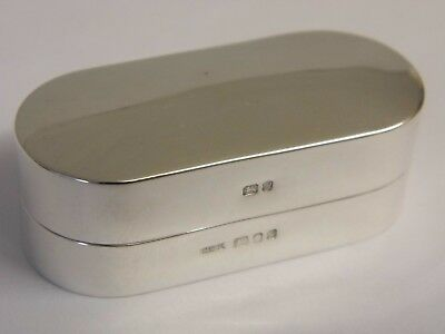 A Fine Hallmarked Solid Sterling Silver Lidded Snuff Ring Jewellery Box