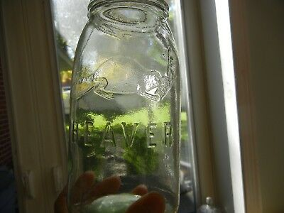 BEAUTIFUL  40 oz.  QUART  BEAVER JAR  - LIGHT GREEN TINT  - EXC