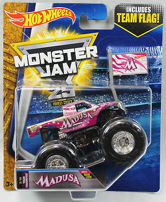 2017 Hot Wheels Monster Jam 1:64 Scale with Team Flag Madusa Tour Favorites 3/10