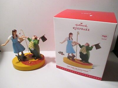 """Hallmark Wizard of Oz """"Ding-Dong the Witch is Dead"""" Ornament w/ Magic Sound NIB"""