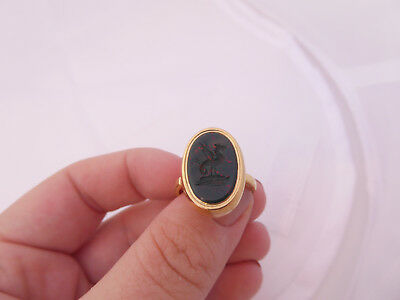 18ct/18k gold blood stone heavy Victorian dragon seal ring, 750