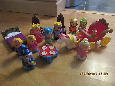 ELC Happyland Bundle, Princess Carriage, Castle Figures + Furniture! Wow!