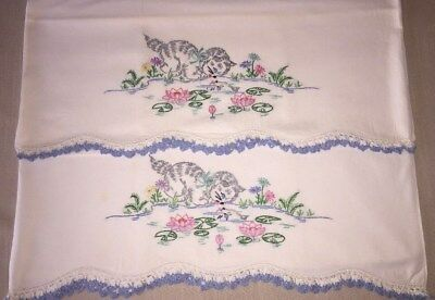 VTG PAIR EMBROIDERED CAT PILLOWCASES w/ CROCHET ~ KITTENS REFLECTIONS IN  POND