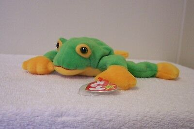 "Ty Beanie Babies  Collection   ""smoochy""   Frog"