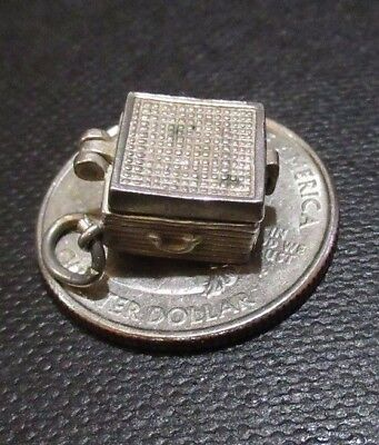 RARE English Vintage Sterling Silver *Old Time Record Player Opens* Charm LOOK !