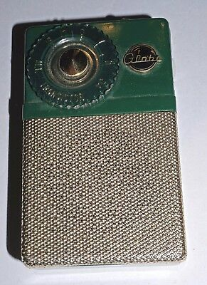 Vintage Globe 2 Transistor AM Transistor Radio with Leather Case - WORKS!