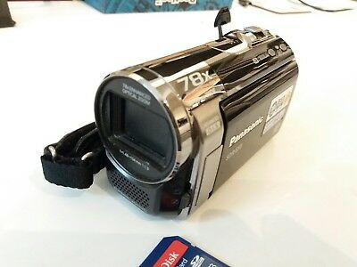Panasonic sdr-s50 wide screen video camera with 2 x 16GB SD cards