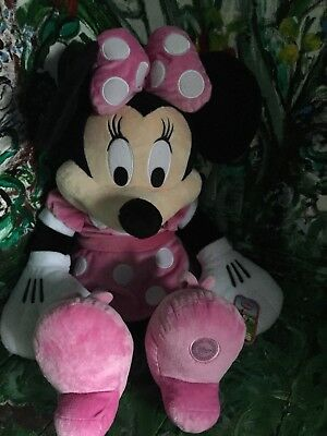 Minnie Mouse Large plush -Pink Minnie Mouse Genuine Disney store original BNWT