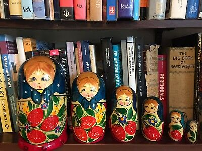 6 Vintage Russian Dolls Babushka Matryoshka Traditional Red Green Attic Find