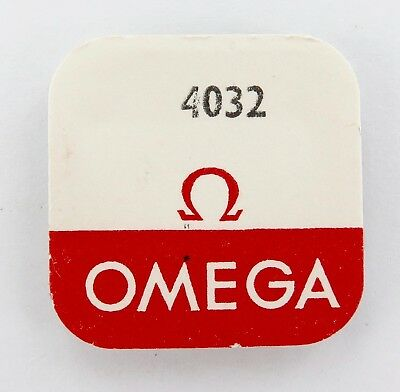 Omega Part 4032 Jewel For Lower Centre Wheel. Nos In Packet. Cal. 600 Part 4032