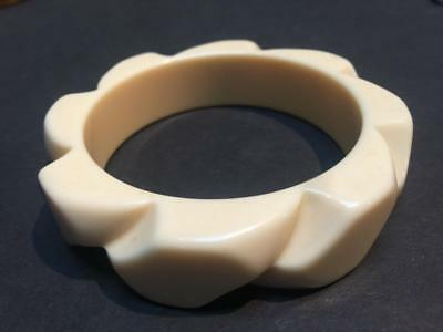 Very Chunky Vintage 1950's Carved Off-white Lucite Bangle Bracelet