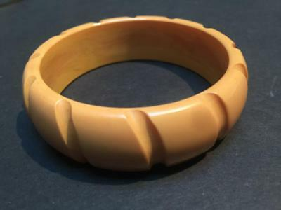 Chunky Vintage Carved Yellow Bakelite Bangle Bracelet